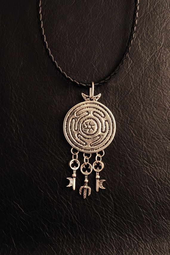 Hekates sacred key ring pendant 925 sterling silver hecate wheel hekates sacred key ring pendant 925 sterling silver hecate wheel wicca strophalos witch witchcraft pagan key lost wax casting aloadofball Image collections
