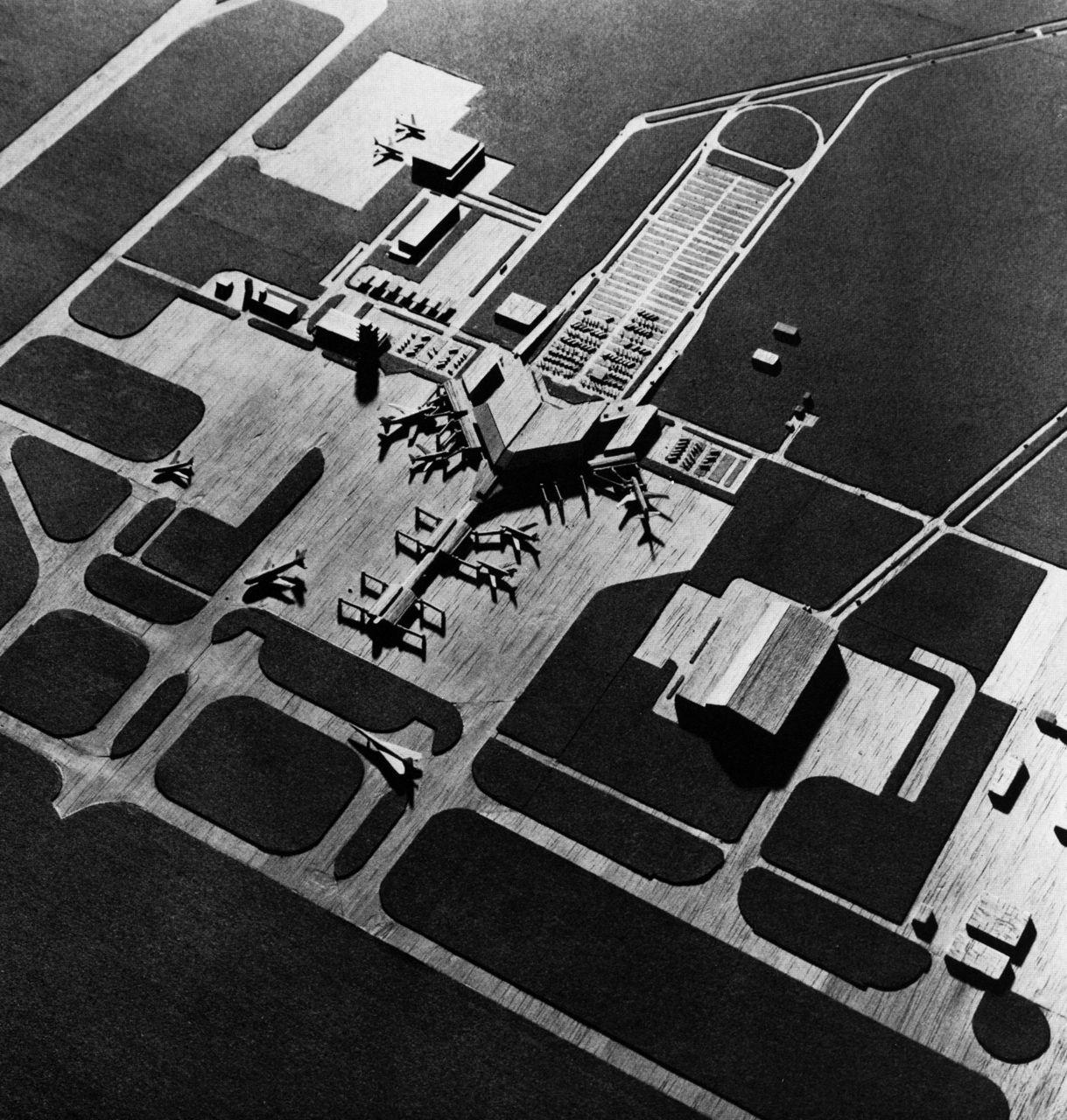 Kenzo Tange Kuwait International Airport