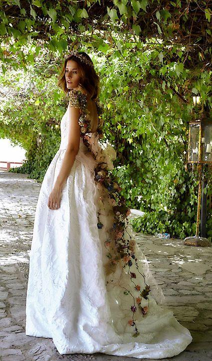 vestidos de novia para un `look' nupcial diferente | brides dresses