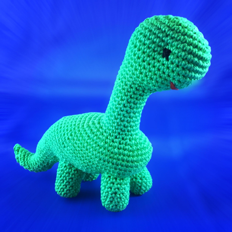 Freie Häkelanleitung: Dinosaurier Amigurumi Brontosaurus | Crochet ...