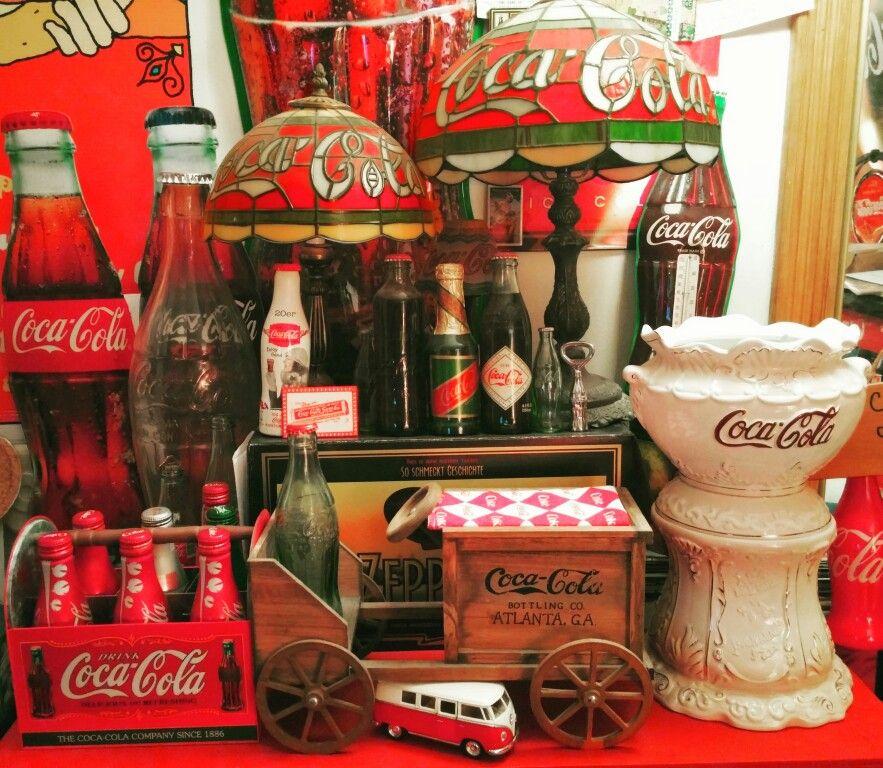 Reddit com/r/CocaColaCollectors My 1900s cocacola table  Old