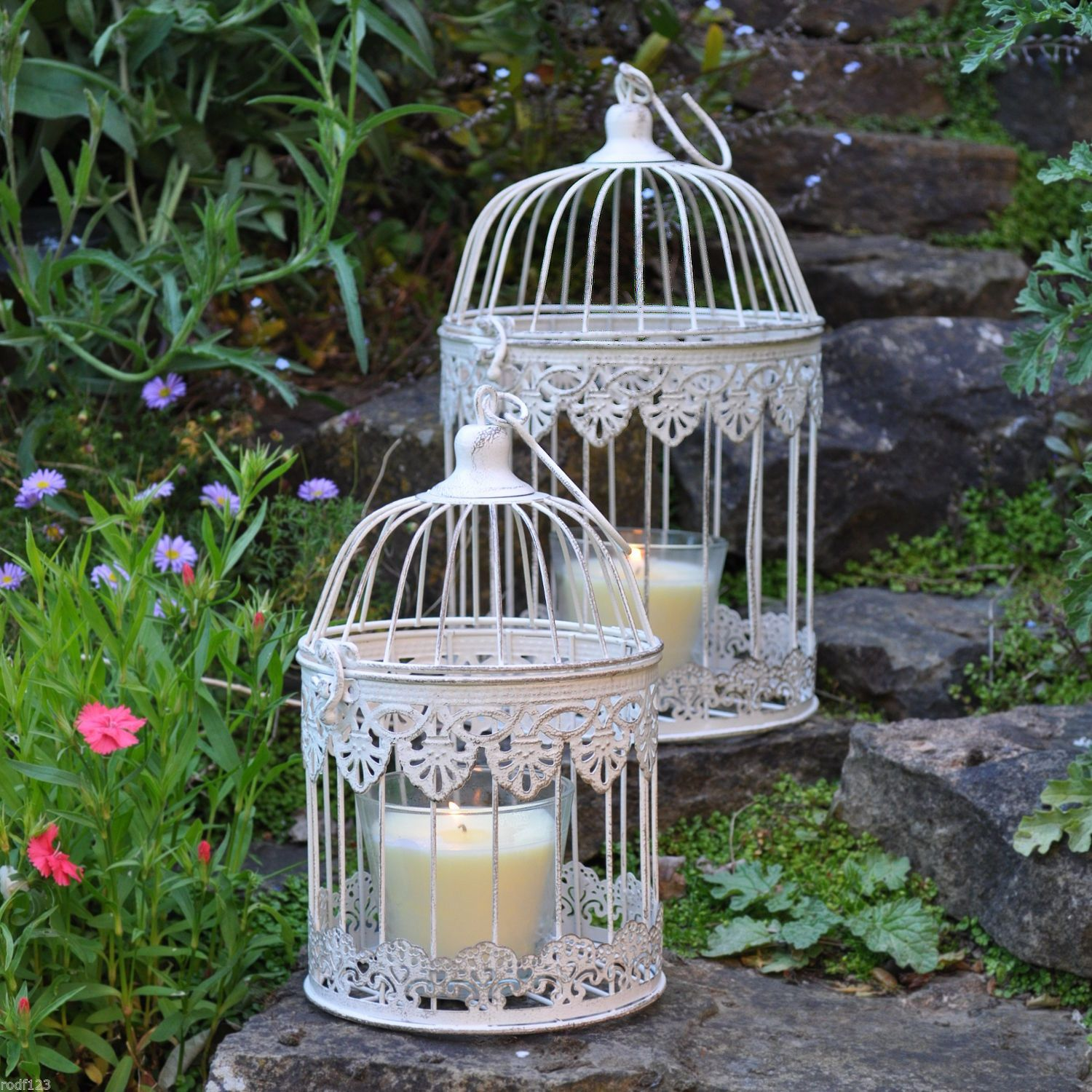 To Hire or buy these beautiful bird cages supplied with scented handmade candles and flowers or just on there own .