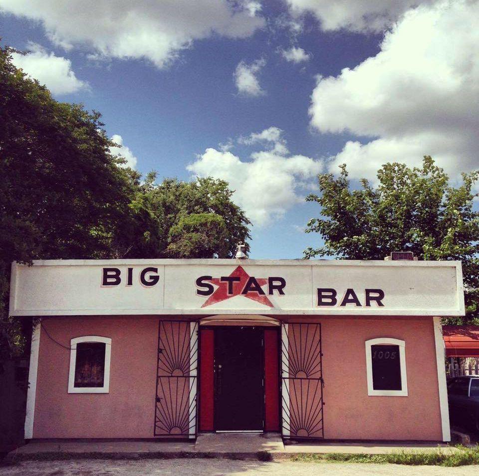 11 Excellent Houston Dive Bars Dive bar, House styles