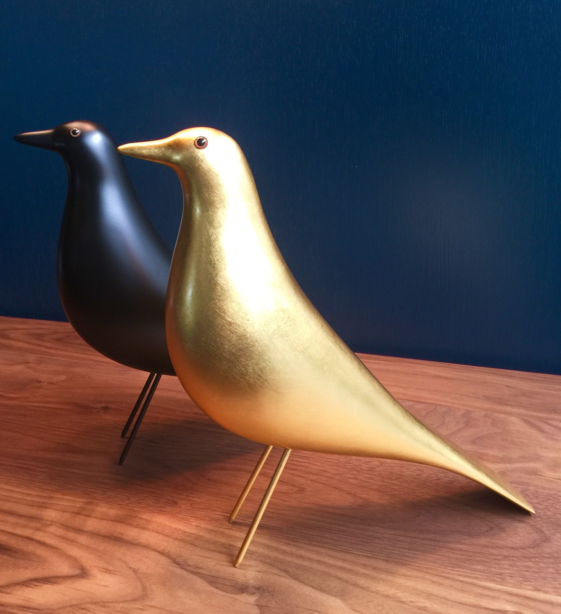 Introducing The Very Special Limited Edition Gold Eames Bird From Vitra Seen Here With His Black Friend Availab Eames House Bird Iconic Furniture Eames House
