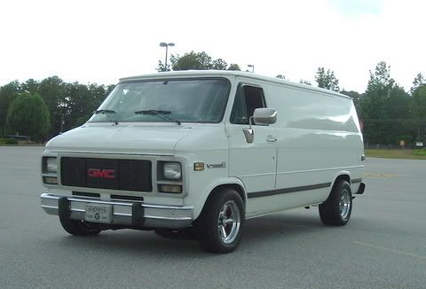 I Used Inch And A Half Drop Springs On My 90 Chevy Last Summer Ended Up Dropping The Front Almost Two Inches When It Was All With Images Chevy Van Gmc
