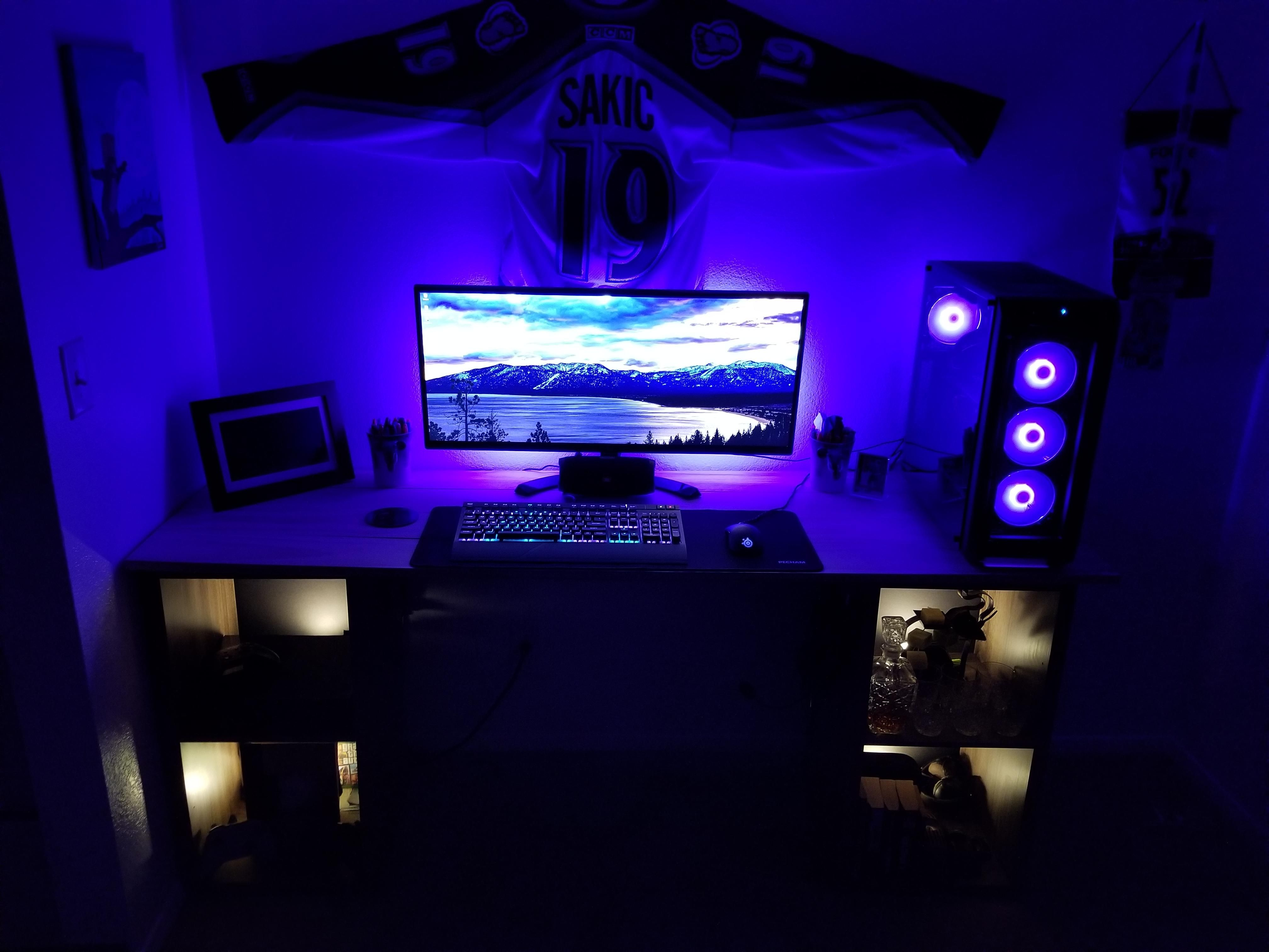 A Gift To Myself After An Extremely Hard Year Laptop Gaming Setup Custom Pc Gamer Room