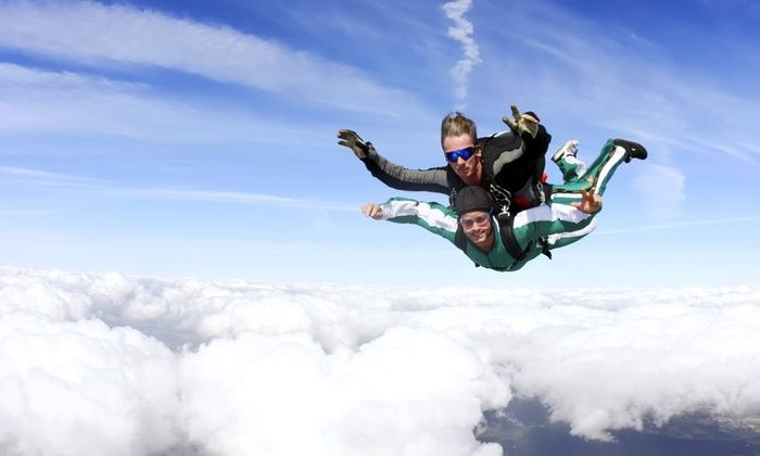 Tandem Skydive For One Or Two From Connecticut Parachutists Inc Up To 22 Off Tandem Jump Tandem Bodyboarding