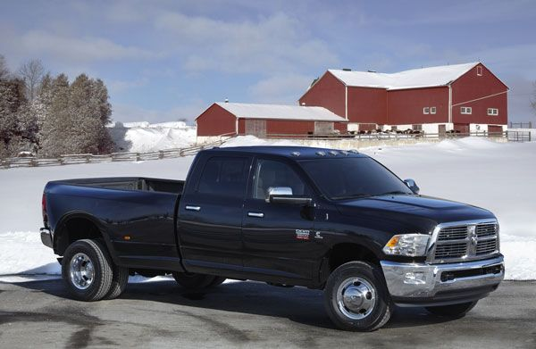 Capital Dodge Edmonton >> The 2012 Ram 2500 And 3500 At Capital Chrysler Jeep Dodge In