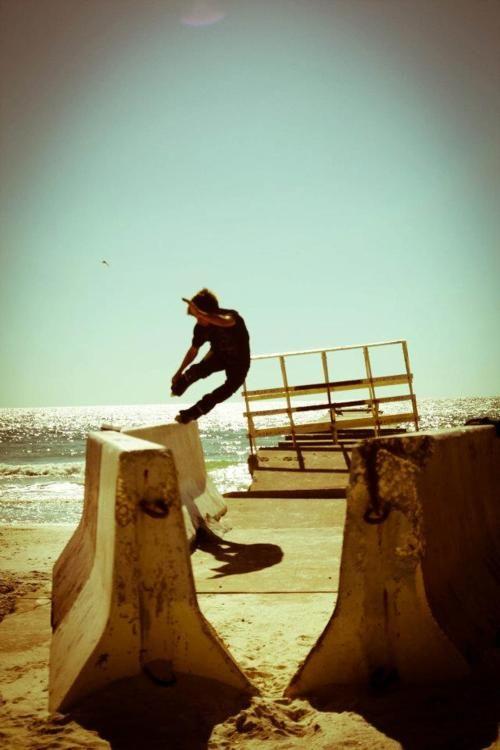 Aggressive rollerblades, Beach Life