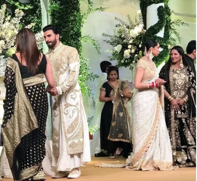 Null Desi Bride Mehndi Outfit Ranveer Singh