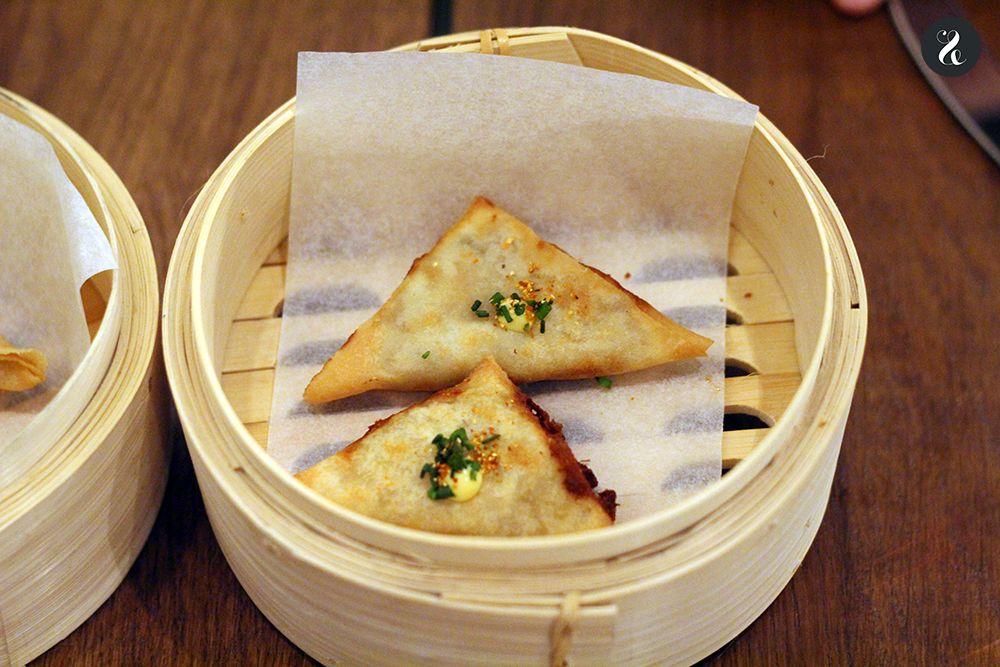 samosas kimchi ropa vieja Latasia restaurante Madrid