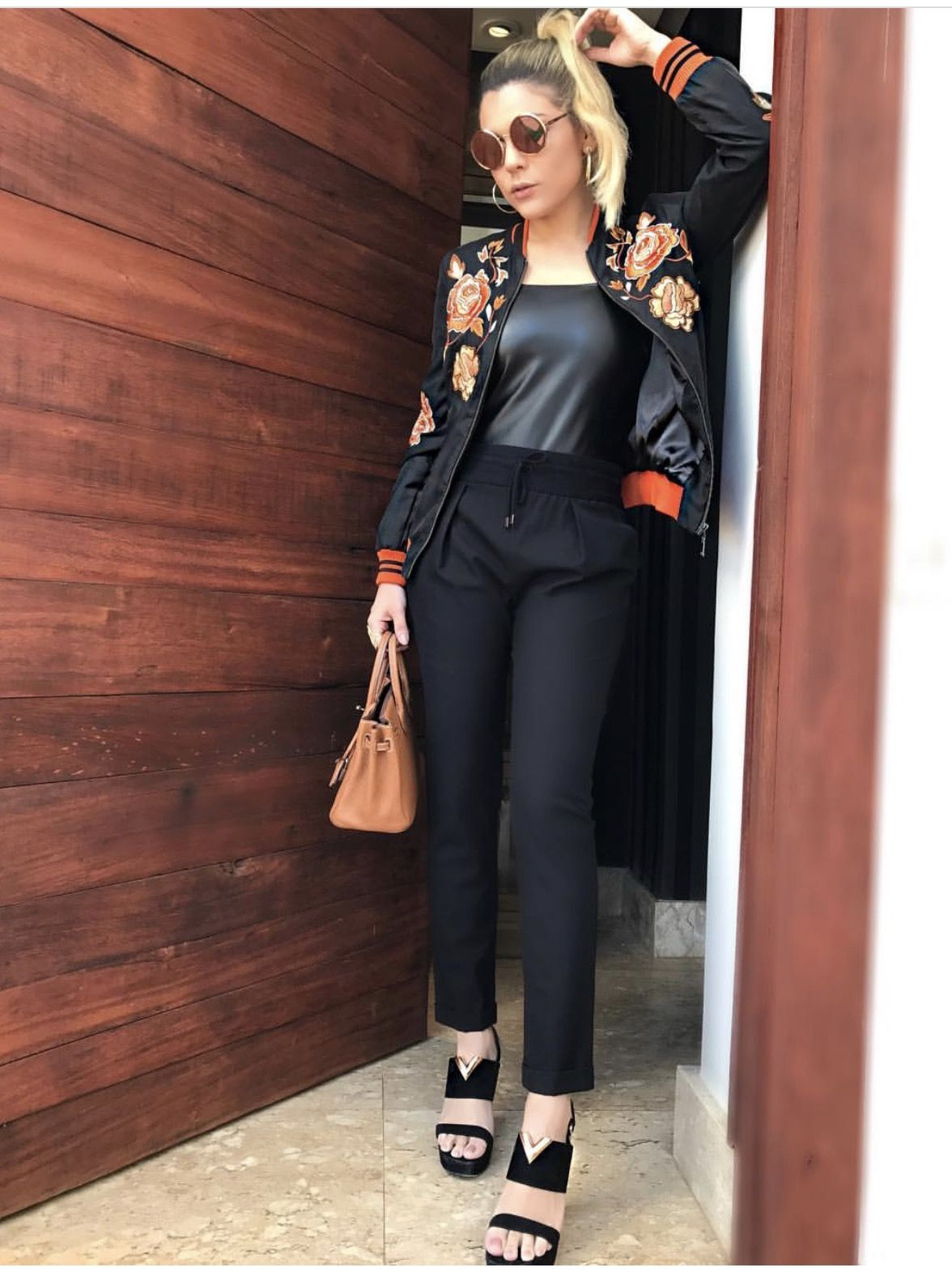 All black e bomber bordada work outfits pinterest work outfits