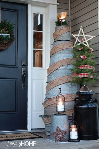 Galvanized bucket tree -- an alternative Christmas tree that can easily be reused. A different rustic-style decorating idea, for sure!