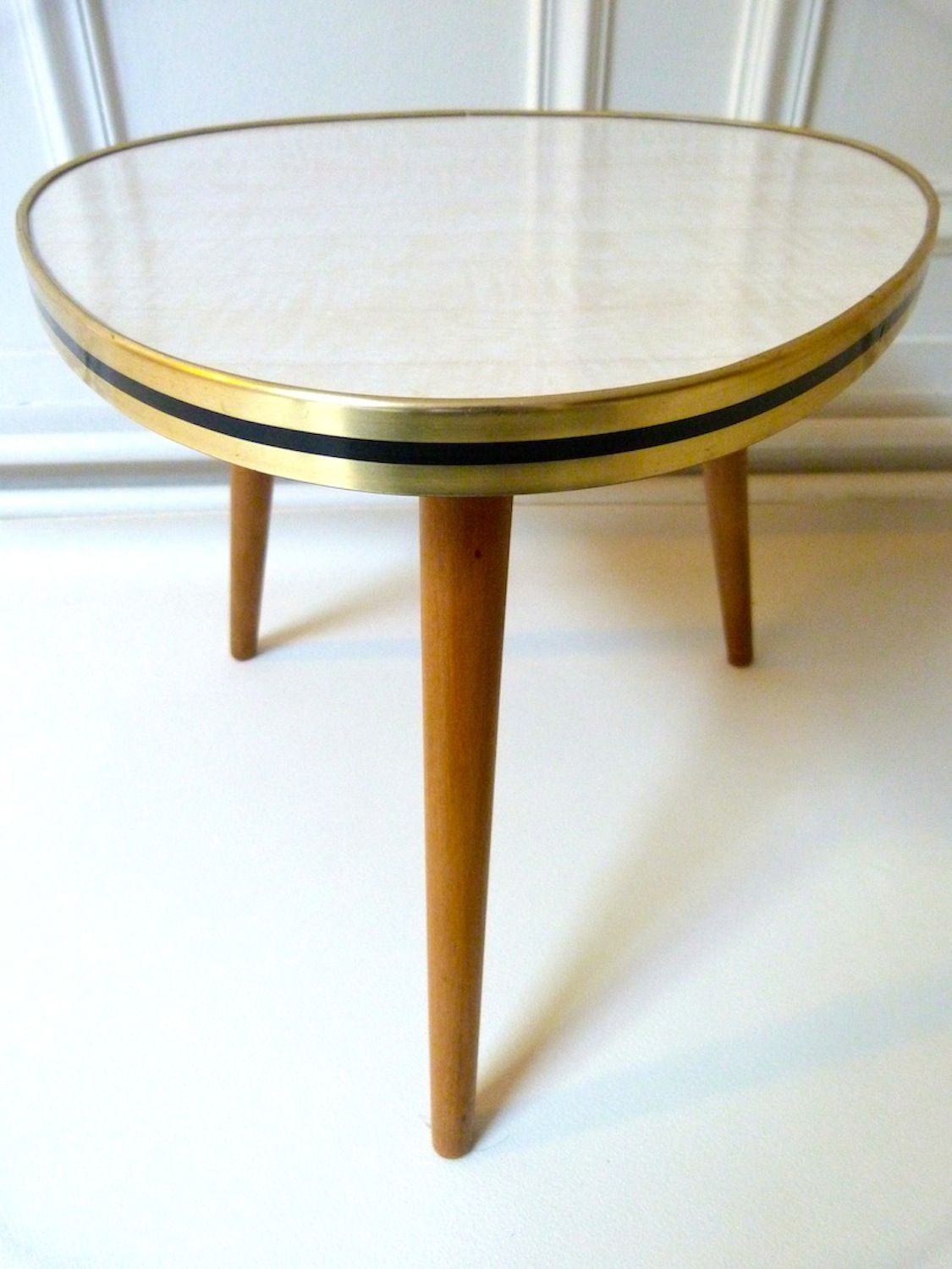Table Basse En Formica table basse formica tripode années 50 | table basse, table