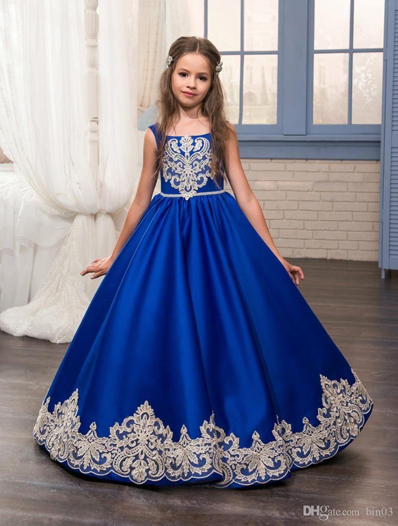 Satın Al 2017 Kraliyet Mavi Çiçek Kız Elbise O Ncek Aplikler Kolsuz Balo Örgün Bow Sashes İlk Communion Abiye Vestidos Longo, $66.24 | DHgate.Comda
