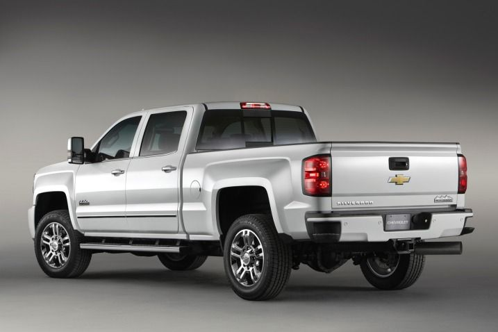 2015 Chevrolet Silverado High Country Hd Blends Luxury Capability