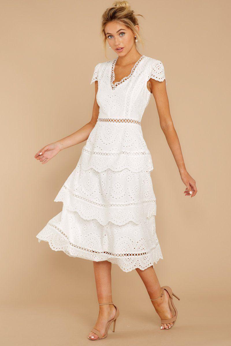 Brunch Out White Eyelet Midi Dress In 2021 White Midi Dress Midi Short Sleeve Dress Dresses [ 1200 x 800 Pixel ]