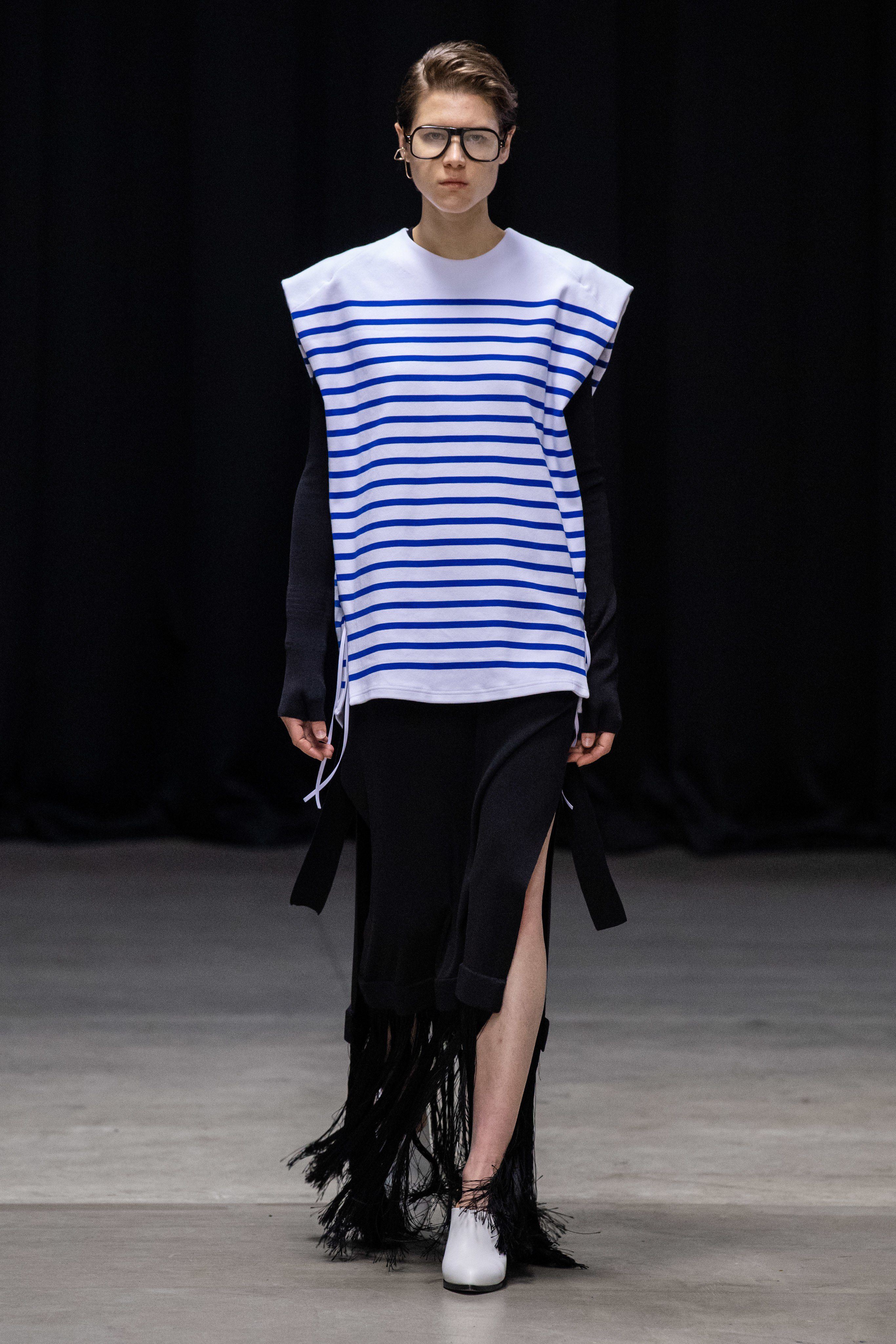 Hyke Tokyo Spring 2020 Fashion Show Collection: See the complete Hyke Tokyo Spri…