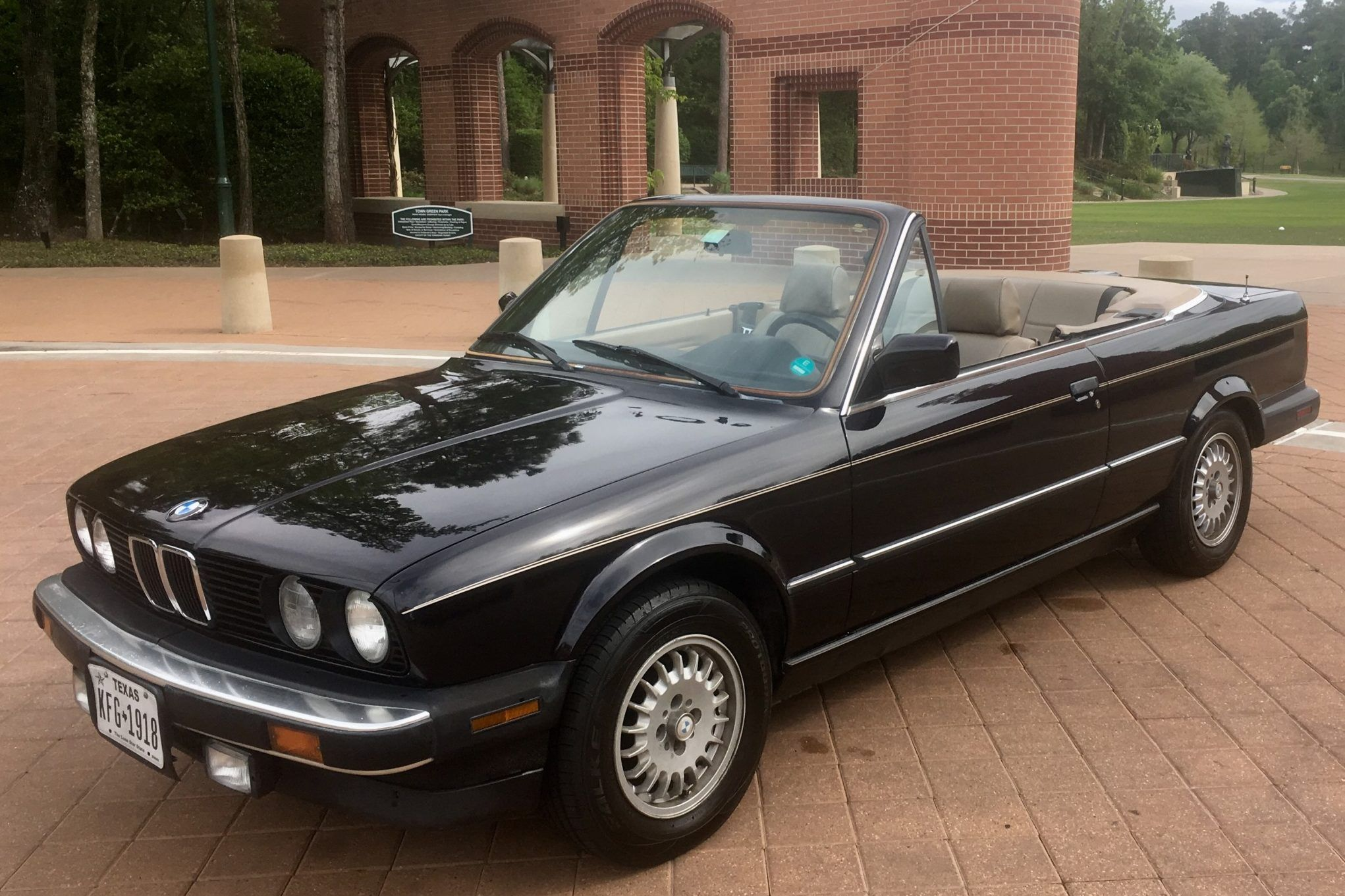 No Reserve 1990 Bmw 325i Convertible With Images Bmw Classic