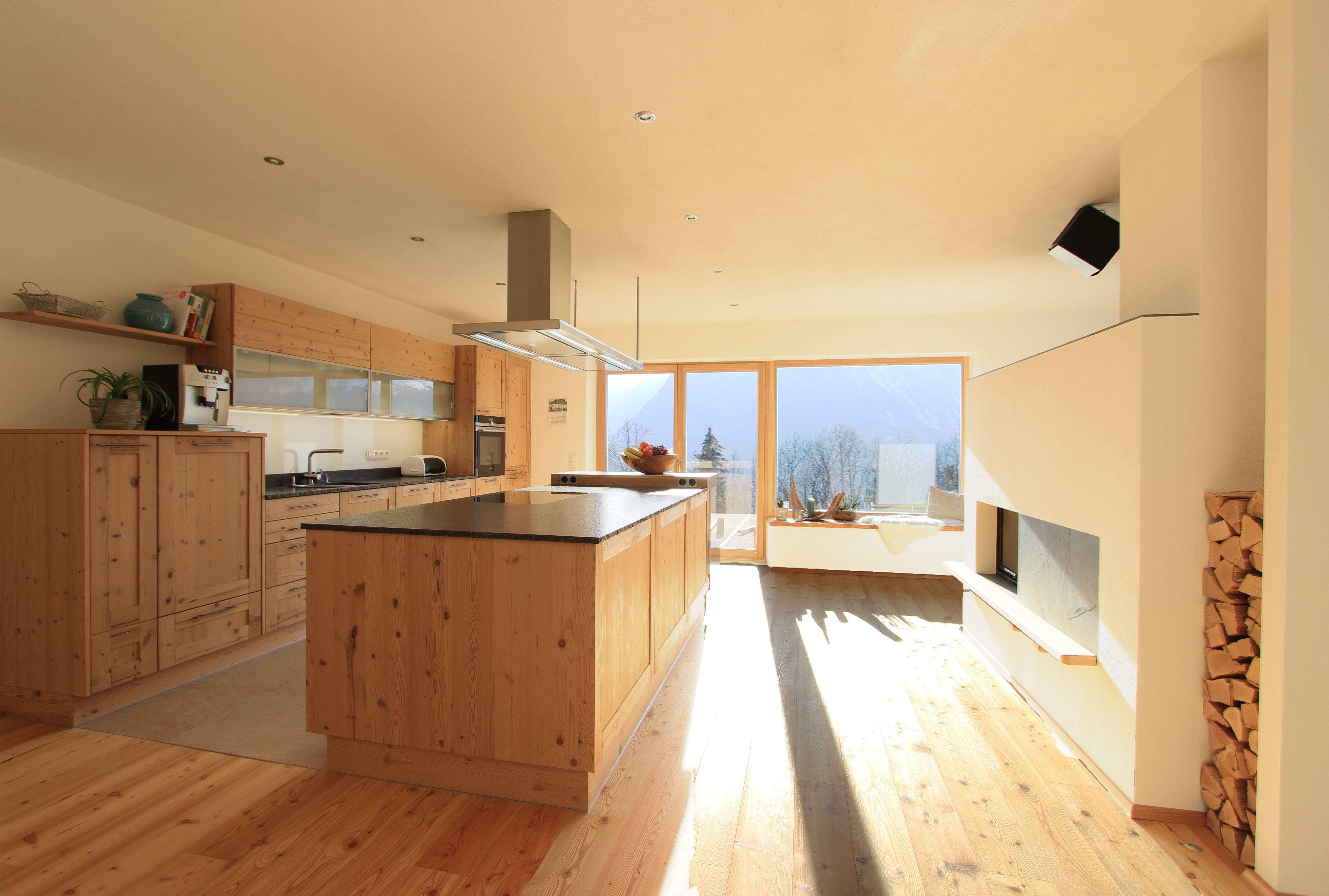 moderne holzk che gro e wohnk che mit kochinsel in fichte altholz geplant und gefertigt von. Black Bedroom Furniture Sets. Home Design Ideas