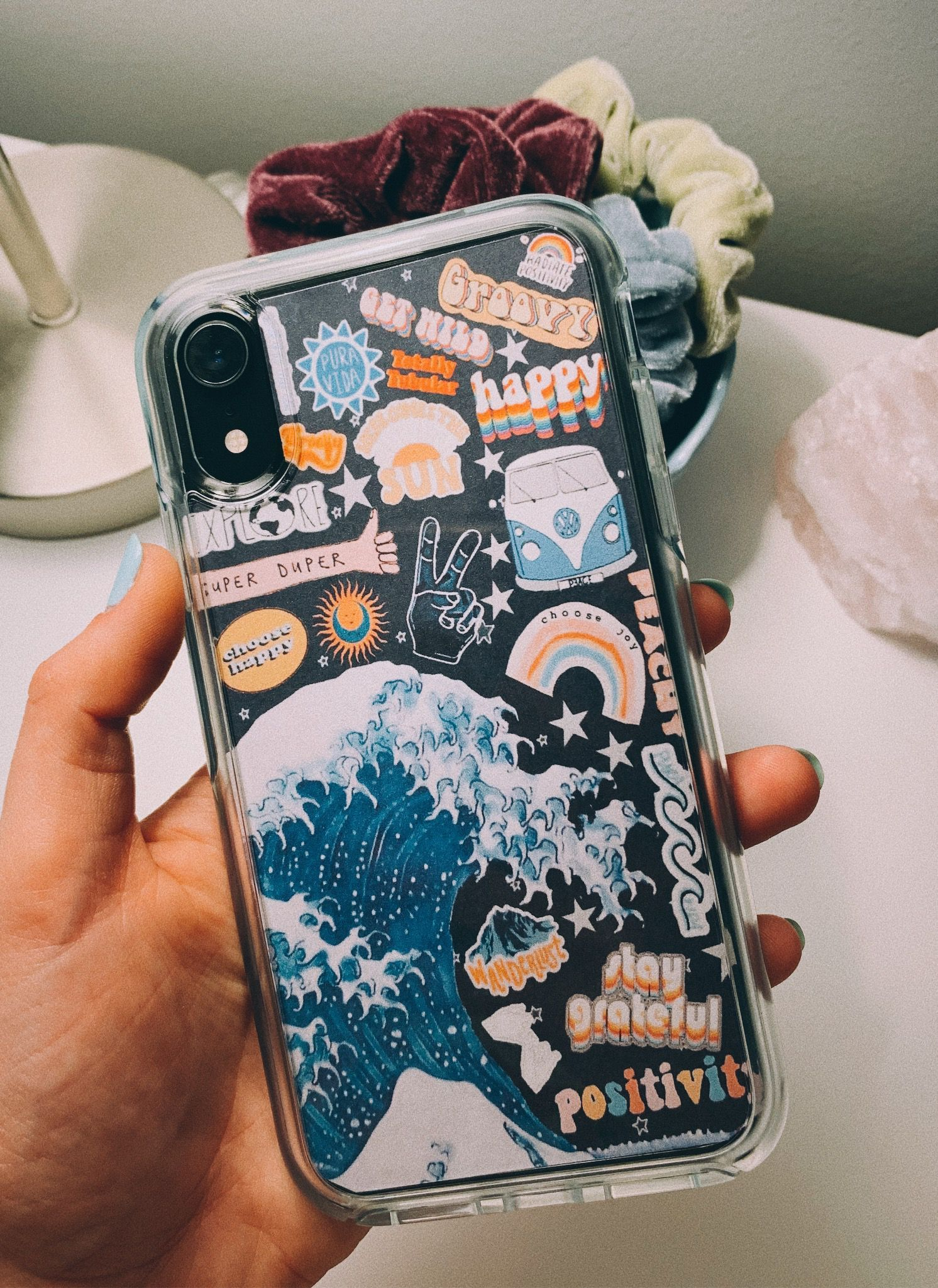 diy phone case #vscogirloutfits in 2020 | Tumblr phone ...