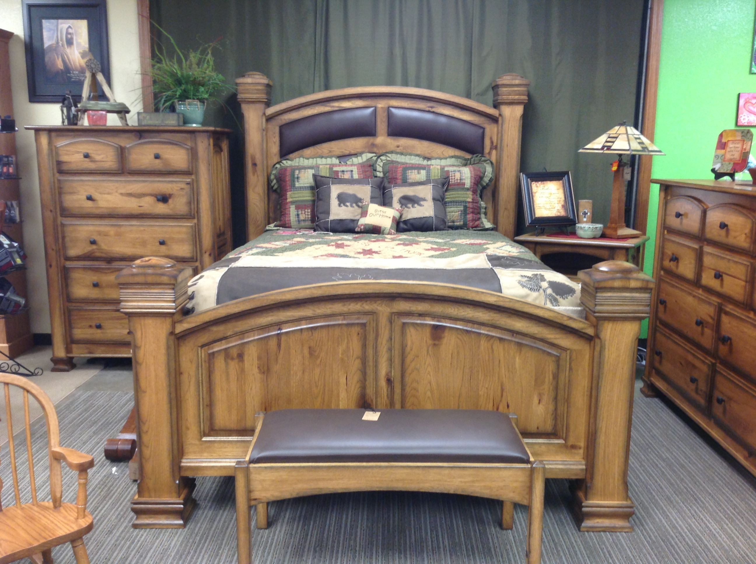 Hickory Queen Bed, Chest of Drawers, Drawers w/ Mirror