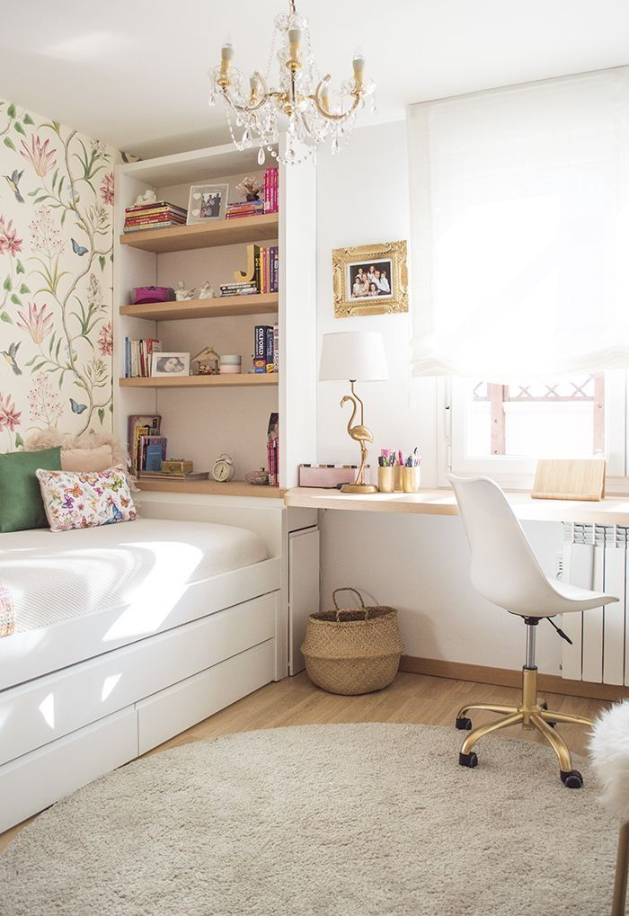 Cajonera, cama nido, aprovechamiento inferior, baldas, mesa de estudio, papel pintado, habitación Juvenil #bedroomideas