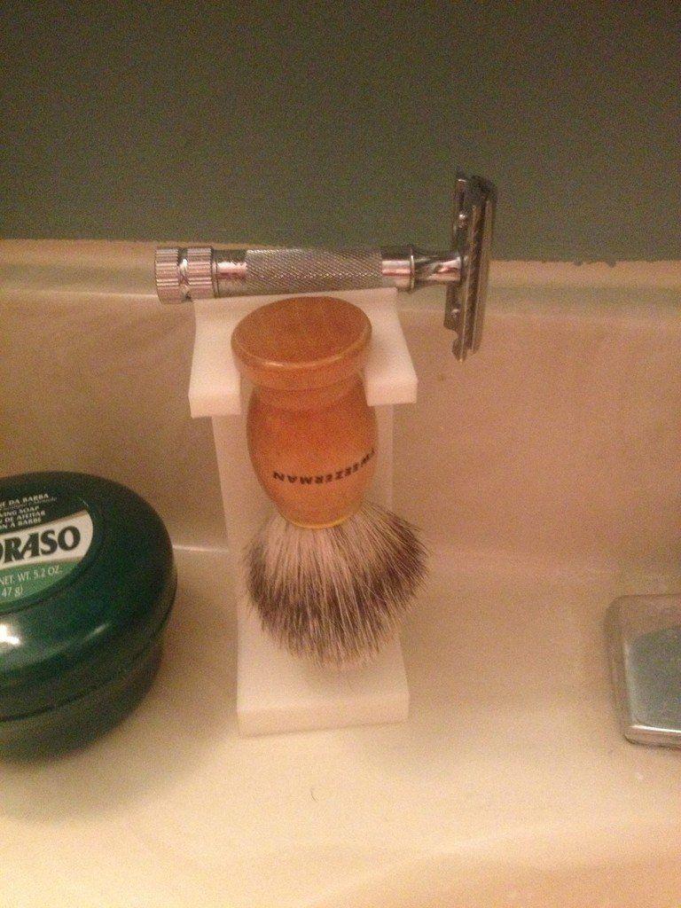 Shaving Brush & Safety Razor Stand by WanderingFool