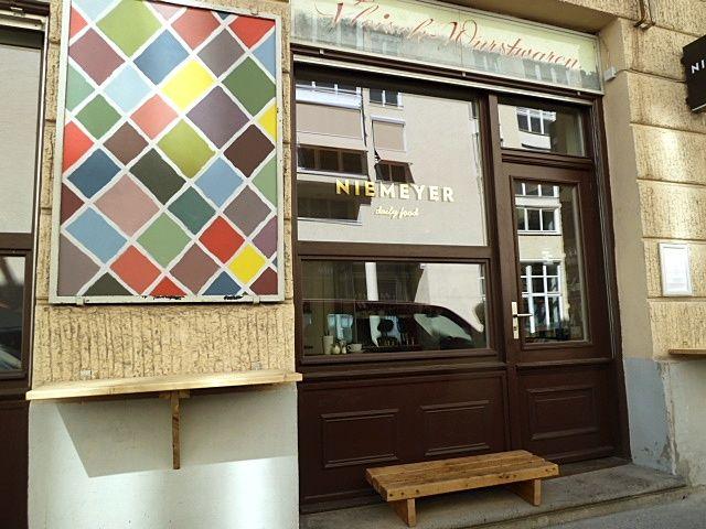 Niemeyer Kanalstrasse 15 Munchen