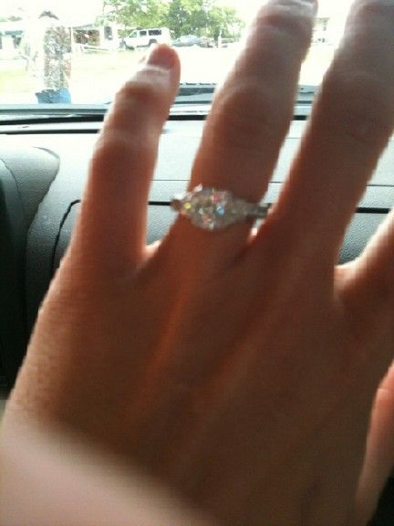 Miranda Lambert Engagement Ring | Circle the Date | Pinterest ...