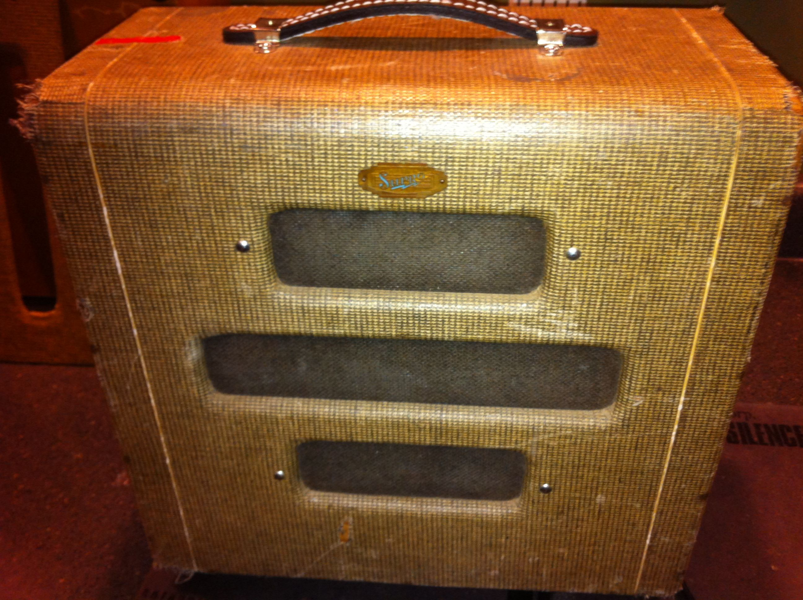 39 51 supro valco vintage goodness vintage amps guitar amp bass amps vintage guitars. Black Bedroom Furniture Sets. Home Design Ideas