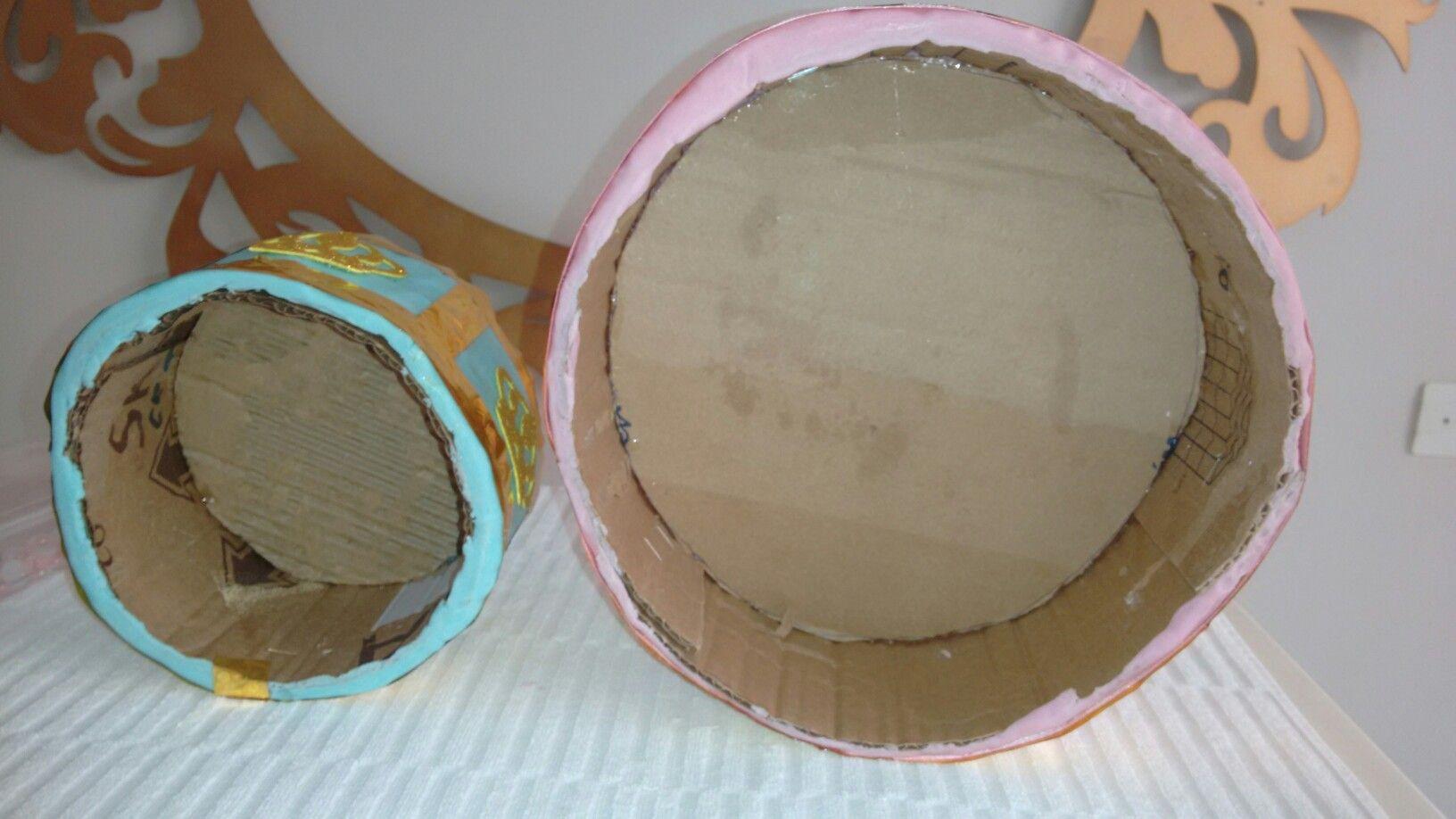 Bolo de papelão com pasta americana. Simples fácil e prático.