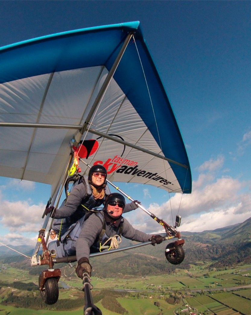 Tandem Hang Gliding Flight - Gift experience in Atlanta - With a US Hangliding Association certified instructor, soar effortlessly thousands of feet in the ...