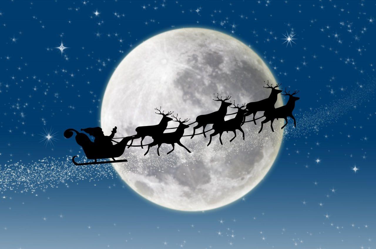 Jour Feries Nouvel An Cervides Image Vectorielle Lune Papa Noel Dessin Pere Noel Dessin Noel Dessin Paysage D Hiver