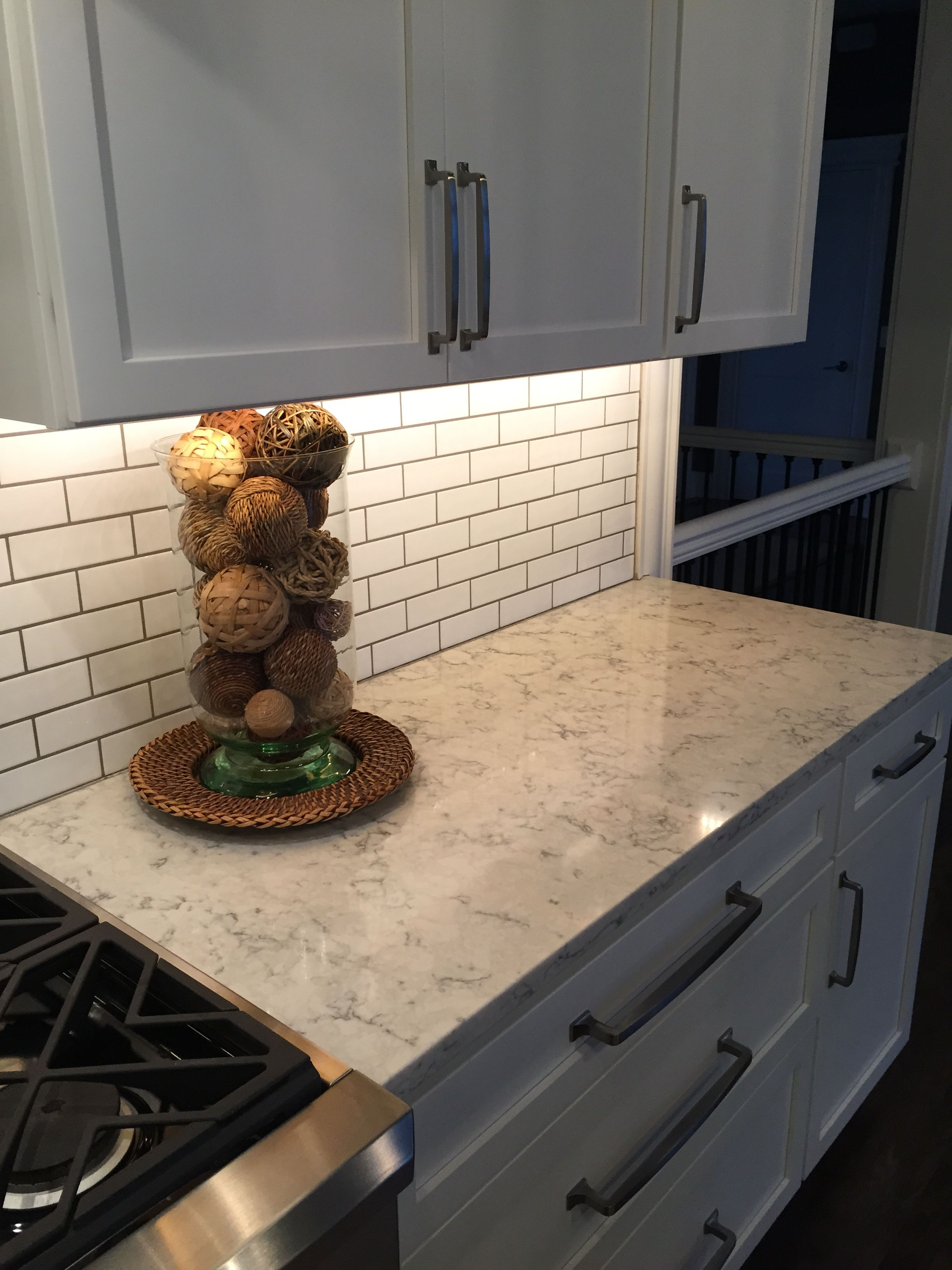 3cm Viatera Quartz Rococo With Subway Tile Backsplash, A Timeless Look