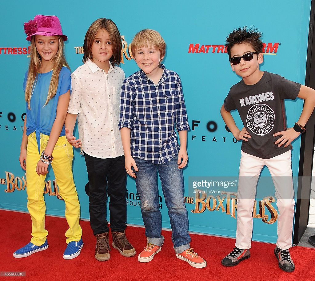 Actors Lizzy Greene, Mace Coronel, Casey Simpson and Aidan Gallagher ...