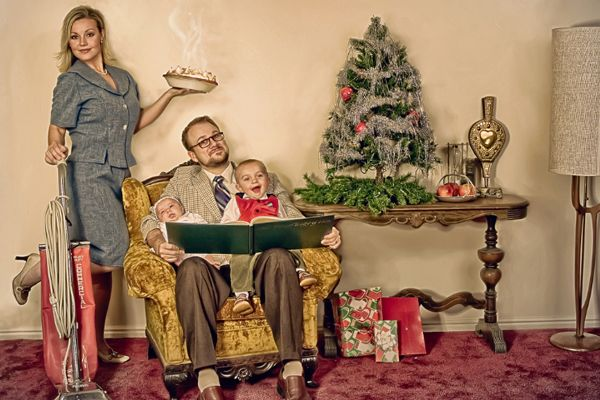 Love the idea of a vintage christmas photoshoot for our christmas cards this year