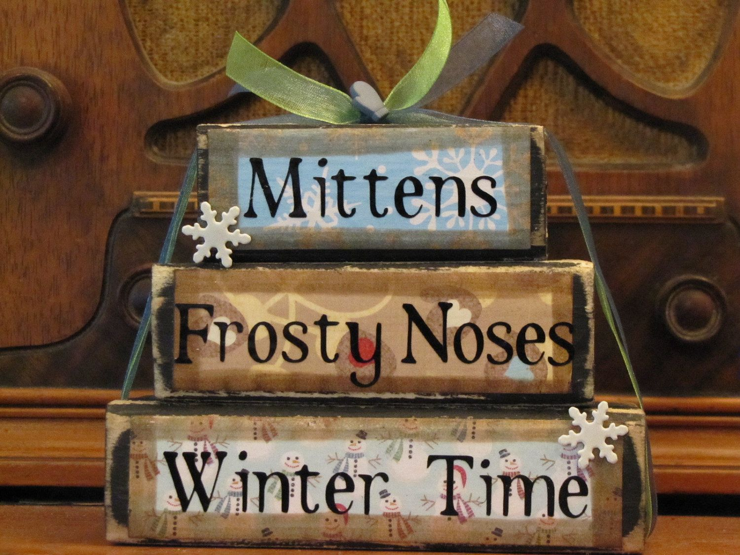winter sign decor  mittens  frosty noses  winter time