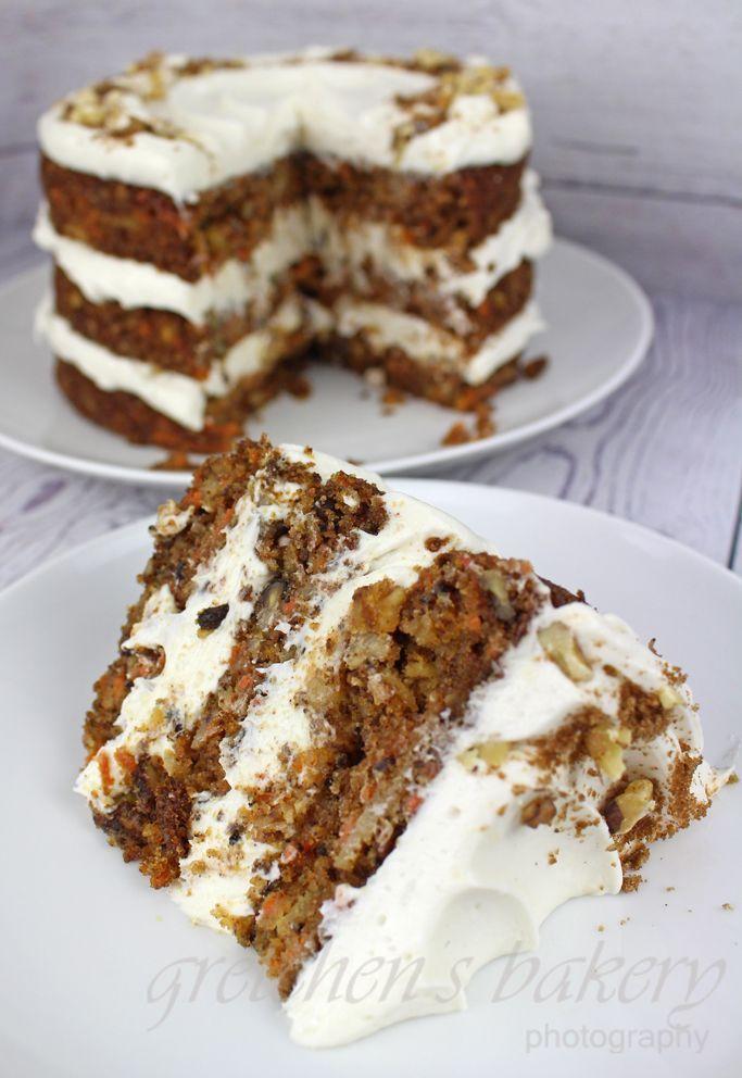 Vegan carrot cake with cream cheese icing - -