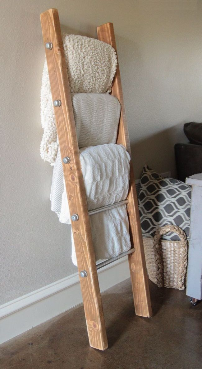 Photo of DIY Wood and Metal Pipe Blanket Ladder Happy Monday Guys! To keep up with all of this … – Diyprojectgardens.club