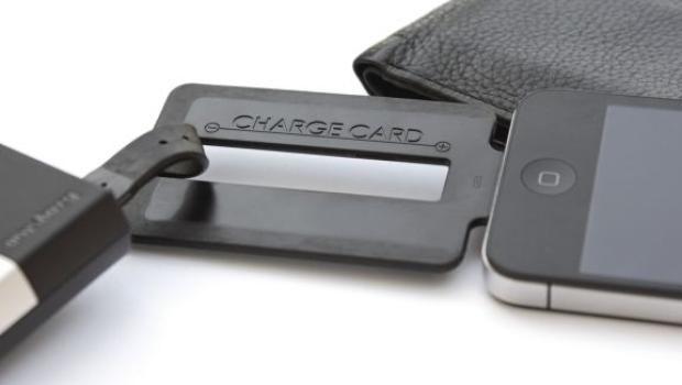 Cartão para carregar seu smartphone: guarde na carteira!