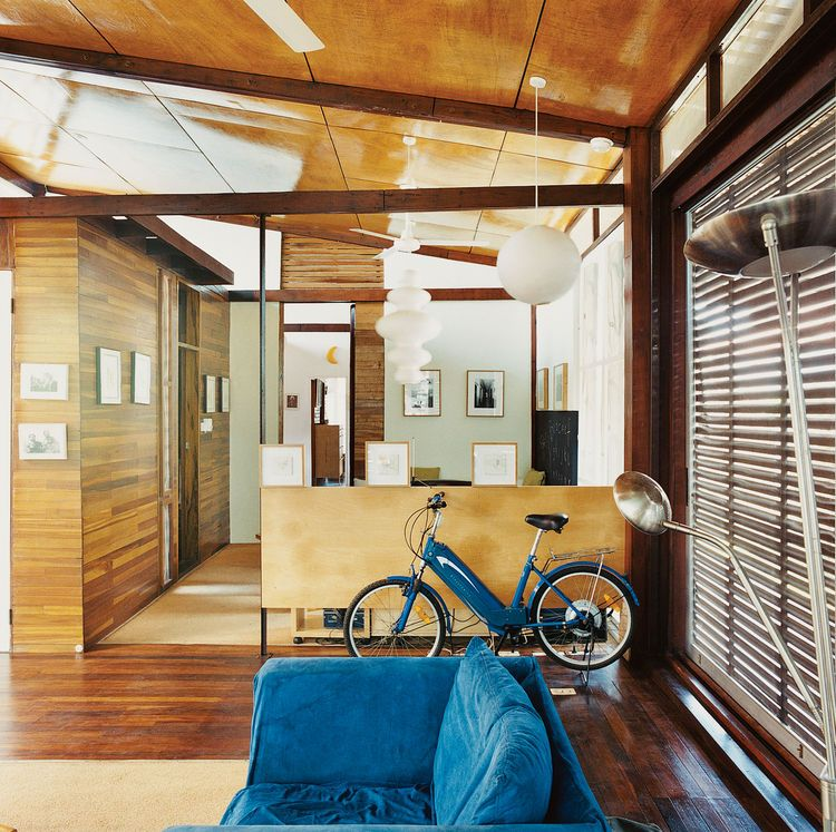 Osae Addo House Powder Room Den Bike Tropical Architecture Modern House Green Architecture