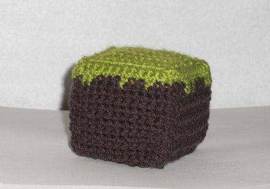 draadjes blog: Free Pattern: Minecraft dirt block cube   Amigurumi ...