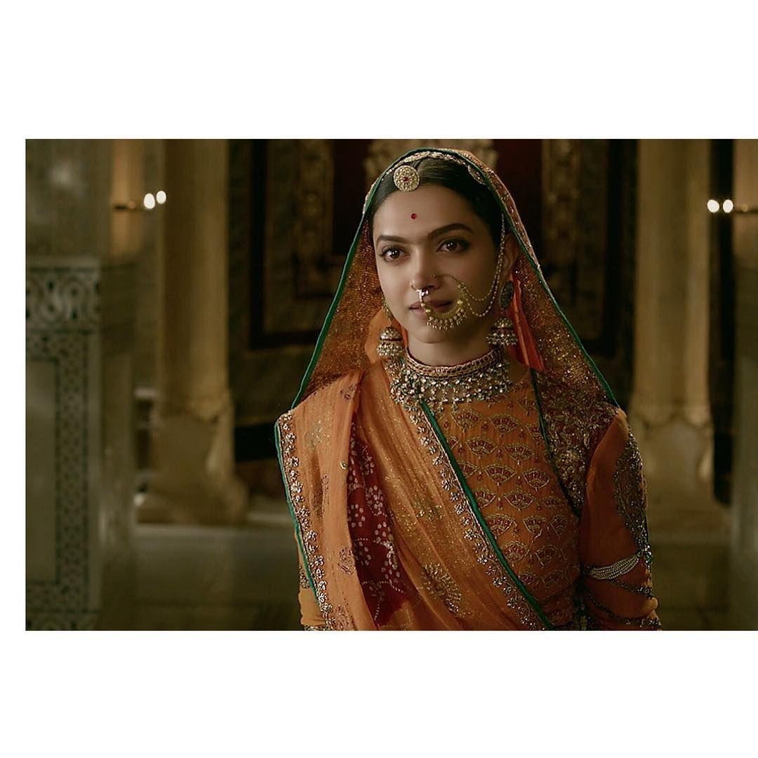 Padmaavat | Rajputi dress, Bollywood fashion, Rimple and ...