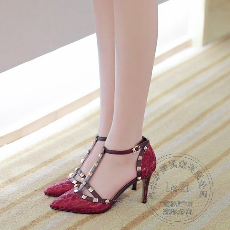 Material: PU Farbe: weiß, pink, schwarz High Heels: 5-8 cm