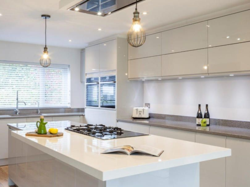 Best Remo Dove Grey Trims To Ceiling Kitchens And Bedrooms 640 x 480