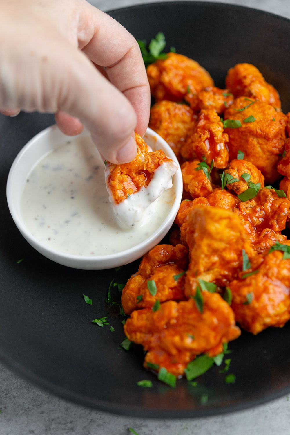 Air Fryer Cauliflower Wings Looking For Healthy Vegan Buffalo Wings These Air Fryer Buffalo Wing In 2020 Vegan Appetizers Cauliflower Wings Vegan Appetizers Recipes