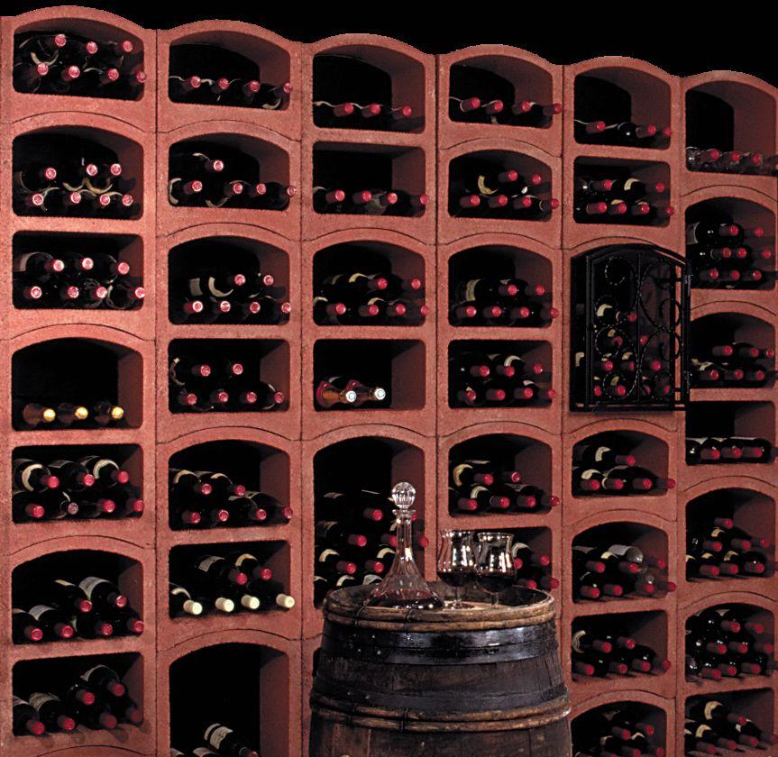 Amenagements De Cave A Vin En 2020 Cave A Vin Rangement Vin Cave
