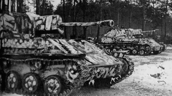 Hobby: Soviet Steel – The SU-76 - Warlord Games   Soviet tank, German  tanks, Tank destroyer