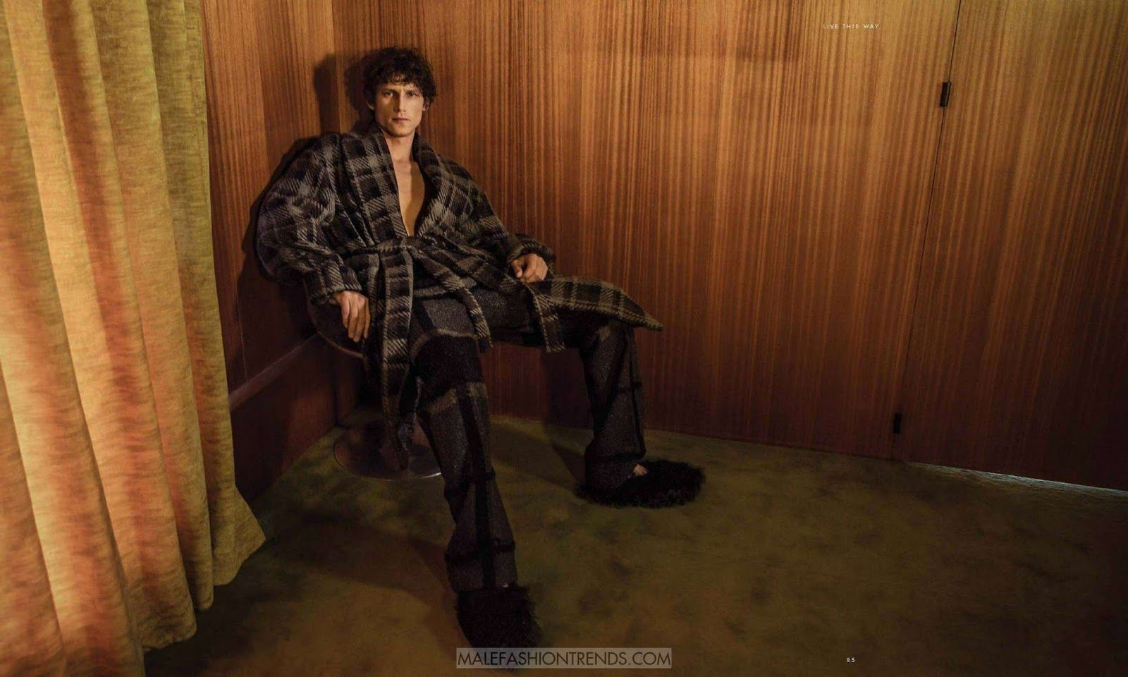 Roch Barnot por Byron Mollinedo para Essential Homme Magazine
